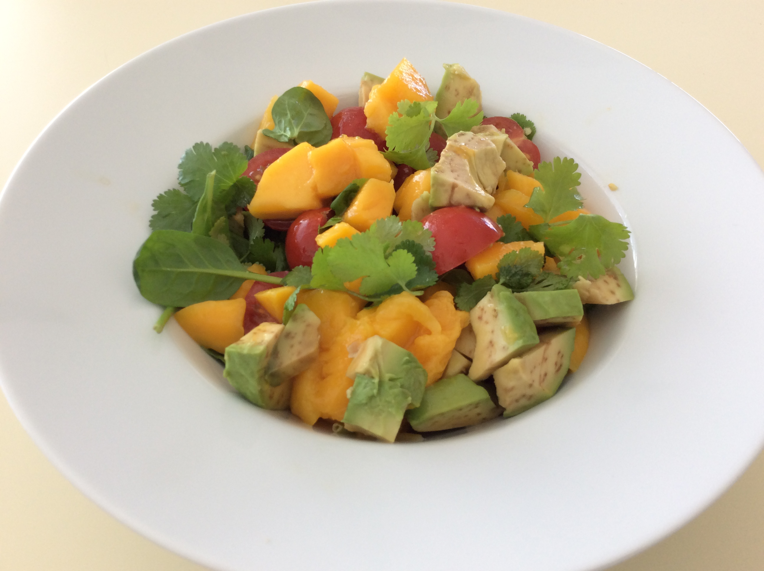 Salada de manga e abacate